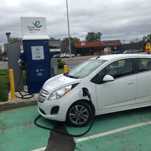 Por Charging Stations In Laval